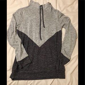 Soft two-tone grey sweatshirt